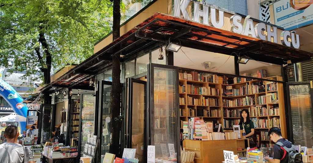 Cửa hàng sách cũ